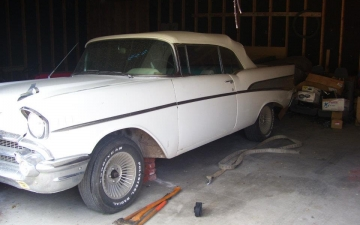1957 Chevrolet Convertible_17