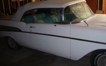 1957 Chevrolet Convertible_19